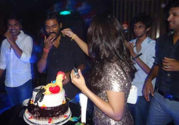 Santhanam Son Birthday STR at Dhanush ...